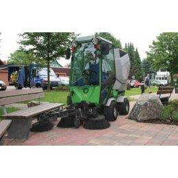 EGHOLM Park Ranger 2150 profesjonalny traktorek do koszenia, zamiatania i odśnieżania