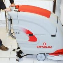 szorowarka maszyna czyszcząca comac