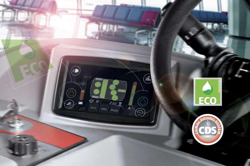 funkcje eco i CDS dostępne z poziomu wyświetlacza w maszynie czyszczącej do podłóg