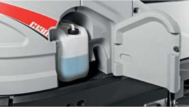 system CDS profesjonalne dozowanie detegentu w maszynie szorującej do podłóg