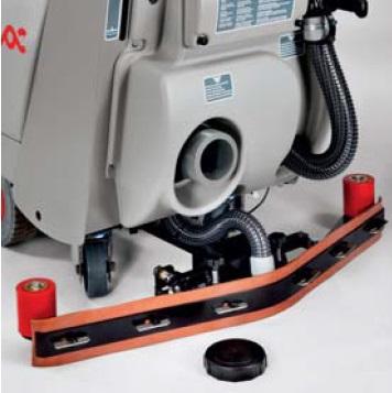 maszyna czyszcząca z systemem opróżniania zbiornika