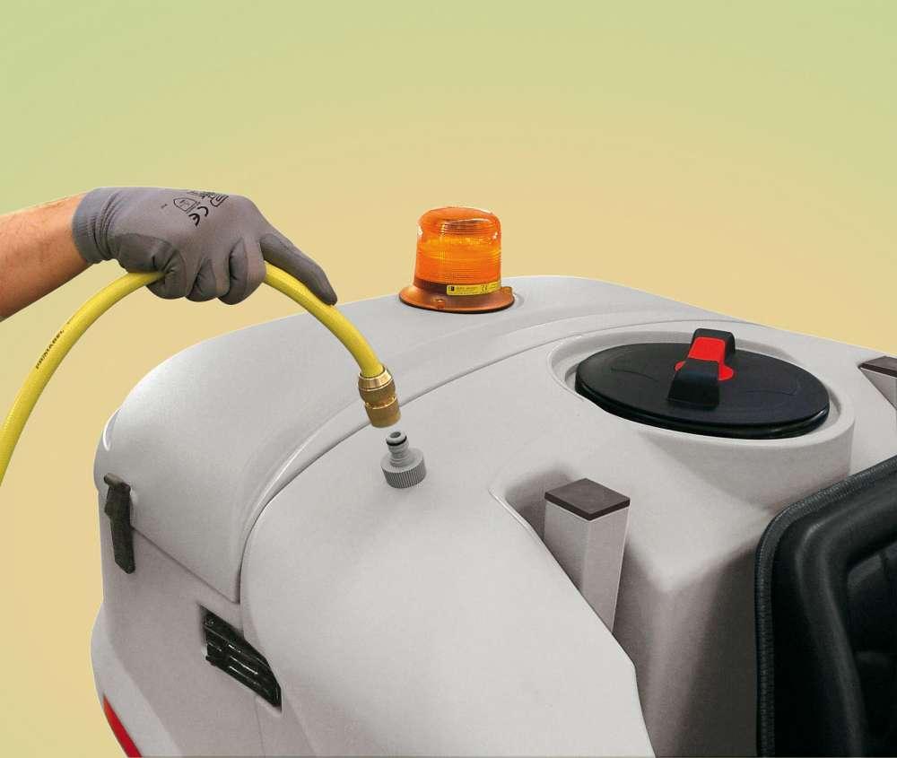 ultra szorowarka z systemem szybkiego napełniania zbiornika